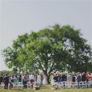 Anne Springs Close Greenway Dairy Barn - Wedding Planning ...